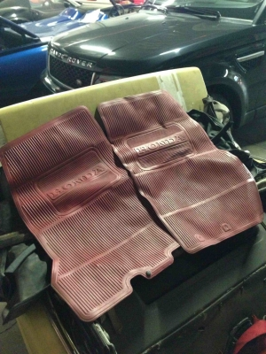 Set of OEM 1965 SM600 Floormats & Headrests